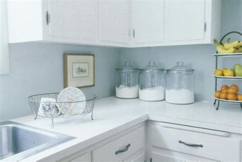 Kitchen Countertop Organization by Hints For Keeping The Daily Clutter At Bay Organizing