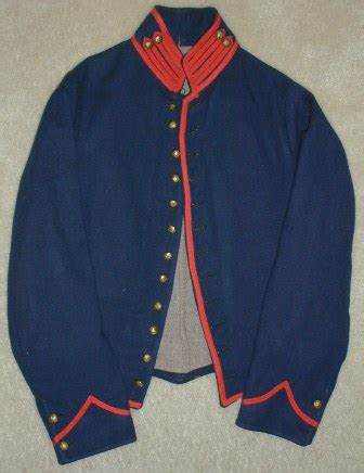 Elvina Jaket No Inner Mi is this a real civil war union artillery jacket or copy