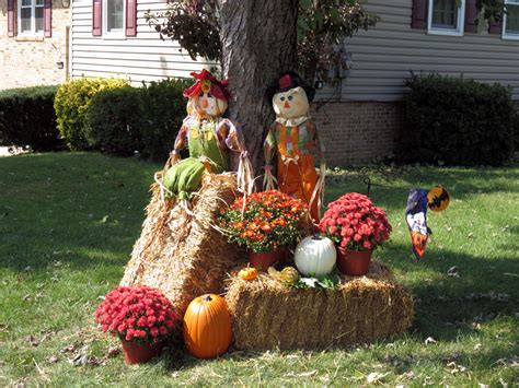fall hay bale decorating ideas scarecrow on fall harvest decorations