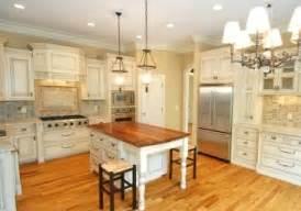 Kitchen Cabinets Cottage Style by Cozy Cottage Style Kitchen Ideas