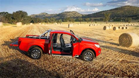 nissan navara np300 king cab 2015 review carsguide