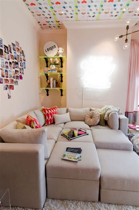 Hangout Room by Cool Hangouts And Lounges