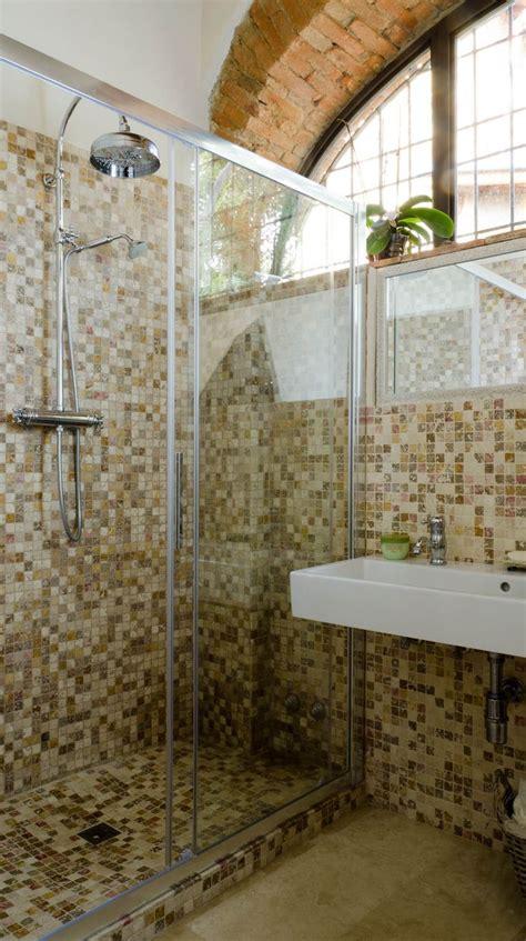nel bagno oltre 25 fantastiche idee su bagno con mosaico su