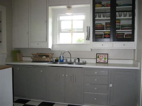 Dovetail Kitchen Cabinets Grey Cabinets Dovetail By Sherwin Williams Via Swash A Sprinkle Home Kitchen