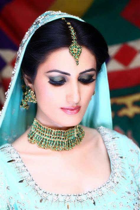 Asian Bridal Makeup Green 5   Uzmas