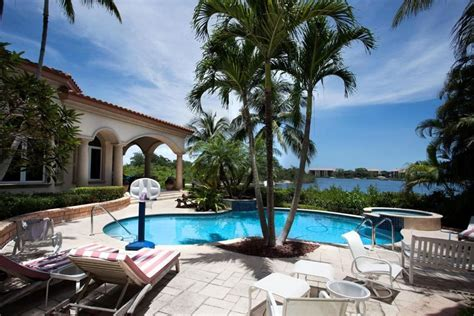 of famer johnny bench selling florida house just 2