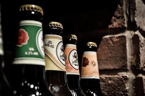 alcool per alimenti artrite e alimentazione 8 cibi da evitare e 8 alimenti