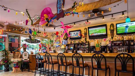 Tacky Tiki Grill   Sheraton Vistana Resort Villas, Lake