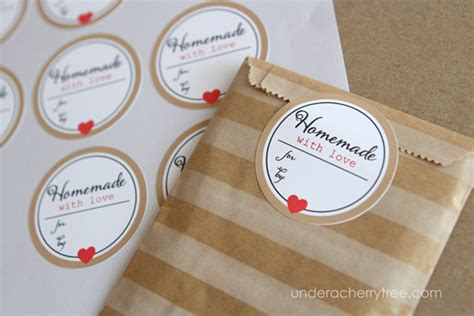 Printable Homemade Stickers | how to make sticker labels a free tutorial on craftsy