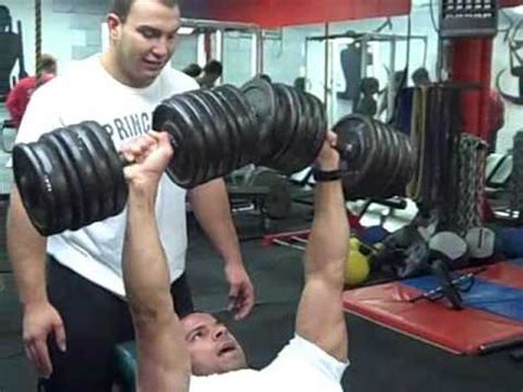 strongest nfl player bench press strongest football player bench press 28 images