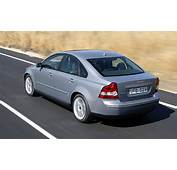 Volvo S40  Photo Gallery Of First Drive Review From Car