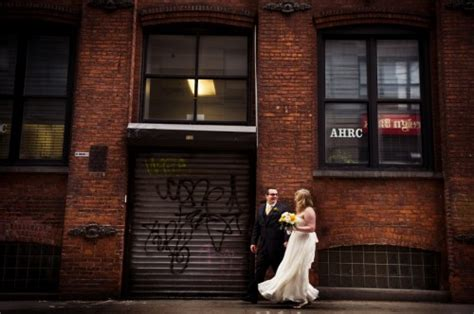 brooklyn wedding by moss isaac graham elizabeth the modern restaurant wedding in brooklyn