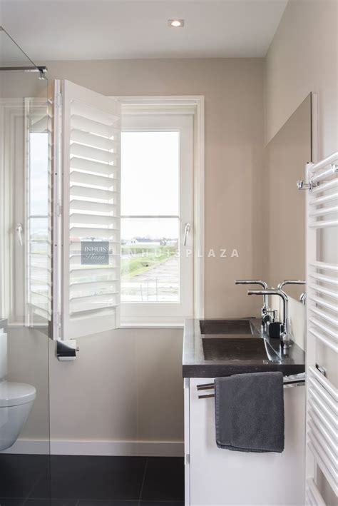 Grey Bathroom Accent Color by Overstock Bathroom Vanity Grey Bathrooms Decorating Ideas