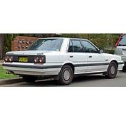 1988 1990 Nissan Skyline R31 Ti Sedan 02jpg