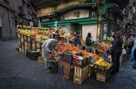 mercato fiori napoli pignasecca a not touristic market in naples my