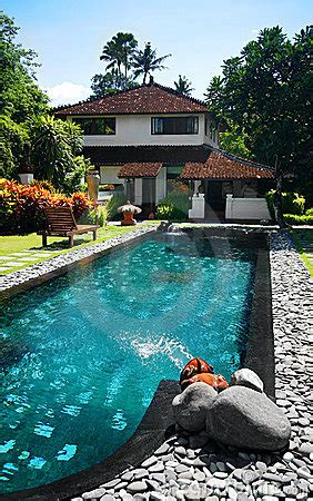 house  large outdoor swimming pool stock photography