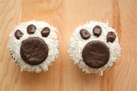Cake Craft For Kids - polar bear paw cupcakes