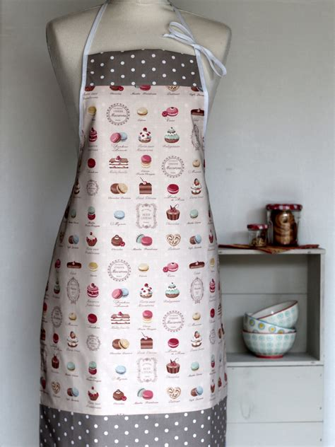 femme en cuisine tablier femme p 226 tisseries creacoton