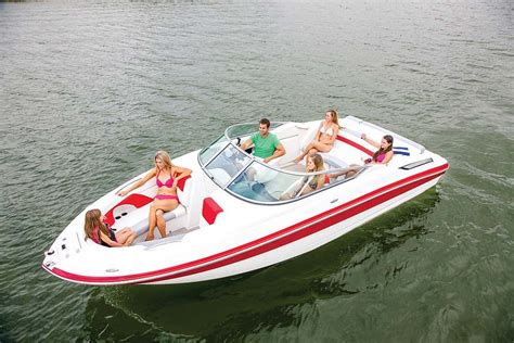 deck boat vs bowrider discover boating - Boat Brands Bowriders