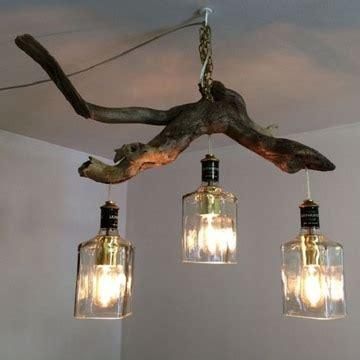 mucho ingenio  estilo en las lamparas hechas  botellas