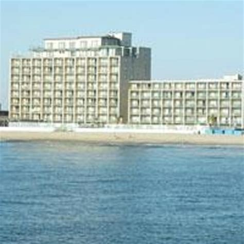 2 Bedroom Suites Ocean City Md more rain water coming in picture of quality inn