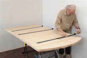 fabriquer une porte en bois massif bricolage avec robert