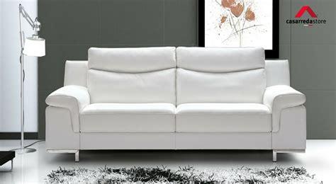 come pulire i divani in pelle 25 consigli 1 su come pulire un divano in pelle