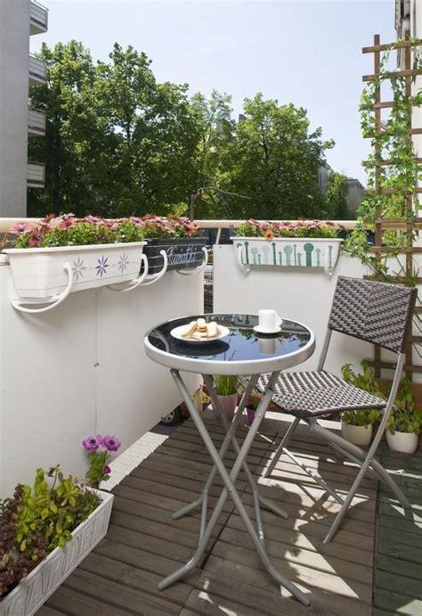tipps zur balkongestaltung kleinen balkon pfiffig dekorieren