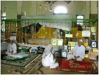 Shalat Tarawih Lkis Pustaka Pesantren syekh abdul wahab rokan pustaka pejaten