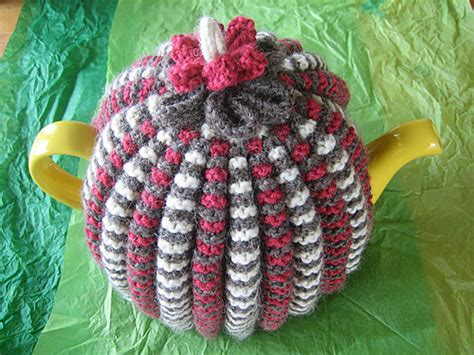 tea cozy knitting pattern 9 lovely knitted tea cosy patterns