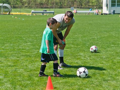 soccer couch 10 characteristics of an effective soccer coach