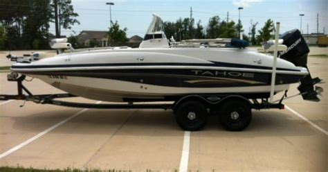 craigslist center console boats 2006 tahoe 215 cc center console deck boat 22 foot http
