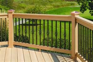 Cedar Trellis Panels Estate Aluminum Square Balusters 26 Inch By Deckorators