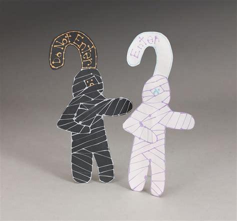 Door Knob Crafts by Mummy Door Knob Decorators Craft Crayola