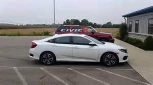 2016 honda civic sedan vs outgoing civic coupe photo