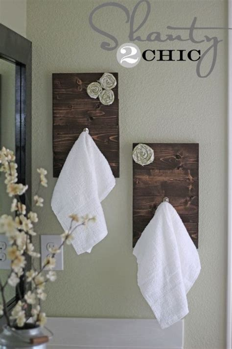 bathroom towel hanging ideas 25 best ideas about towel hanger on pinterest small