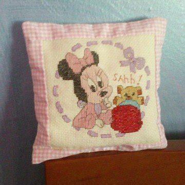 cuscini ricamati cuscini ricamati per la casa e per te decorare casa