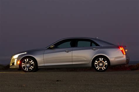 2015 cadillac sedans 2015 cadillac cts sedan gets coupe wireless charging
