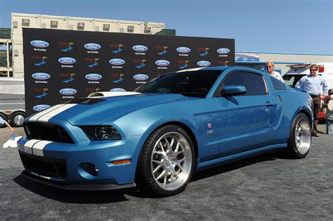 mustang shelby gt500 cobra photo gallery 2013 shelby gt500 cobra mustang news