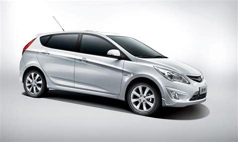 hatchback hyundai 2011 hyundai verna five 5 door hatchback sale commences in