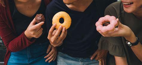 acne alimentazione acne e alimentazione cosa mangiare per prevenirla come