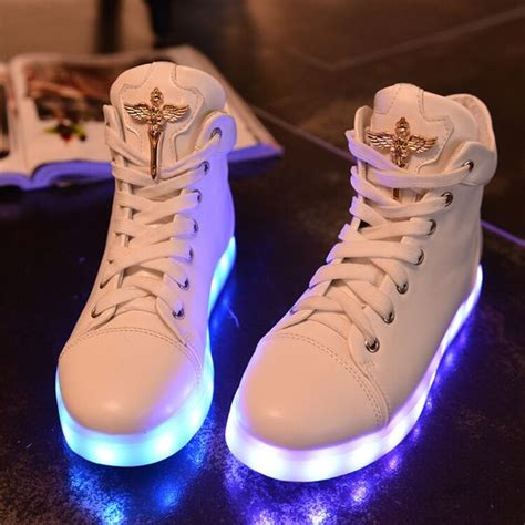 The Shoe Initiative Gets Pretty Shoes Involved In A Great Cause by Fashion Colorful Led Rechargeable Luminous Sneaker Se4927