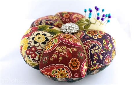 Patchwork Pincushion - tip get your cush on two ways to make your own