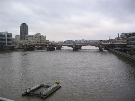 thames river edinburgh london river thames london 02