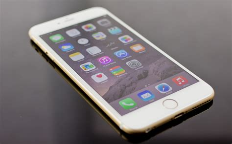 iphone plus iphone 6 vs iphone 6 plus comparison review review pc advisor