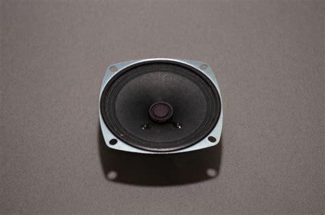 resistors for speakers 4 ohm resistor for speakers 28 images 3 quot speaker 4 ohm 3 watt bc robotics thunder65 6 5