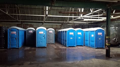 used portable sinks for sale secondhand toilet units single units portable toilets