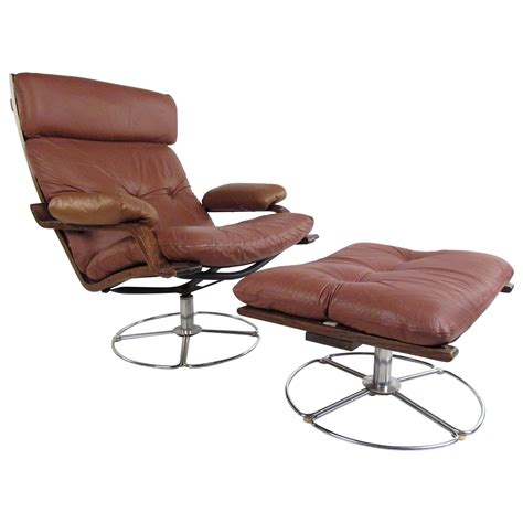 Leather Swivel Lounge Chair Vintage Leather Westnofa Style Swivel Lounge Chair With