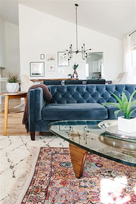 Blue Sofa Decor by A Home That Beautifully Blends Tradition And Trends