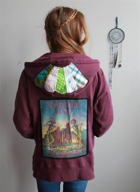 Grateful Dead Patchwork Hoodie - maroon grateful dead new york city skeletons patchwork